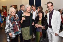 Inge Götze, Dr. Eva Mahn, Rosemarie Rataiczyk und Thomas Bauer-Friedrich bei der Vernissage der Ausstellung