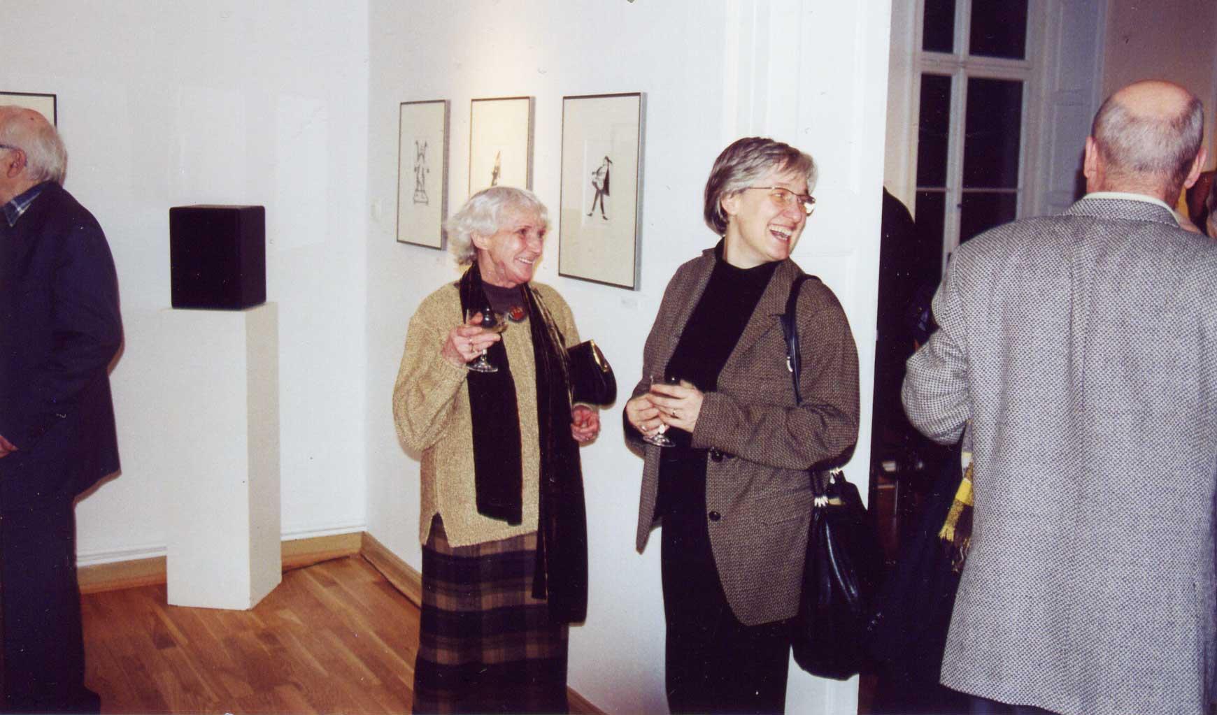 Franzi Ebert und Dr. Katja Schneider zur Vernissage