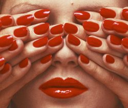 Guy-Bourdin_French-Vogue-May-1970
